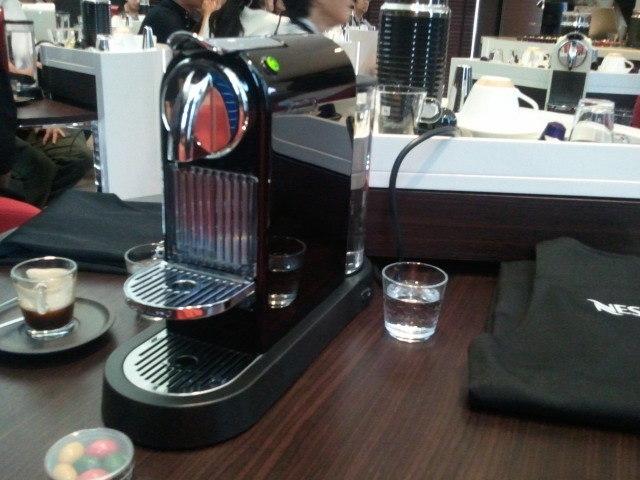 部屋をおしゃれに!マンションで海外インテリア-nespresso6