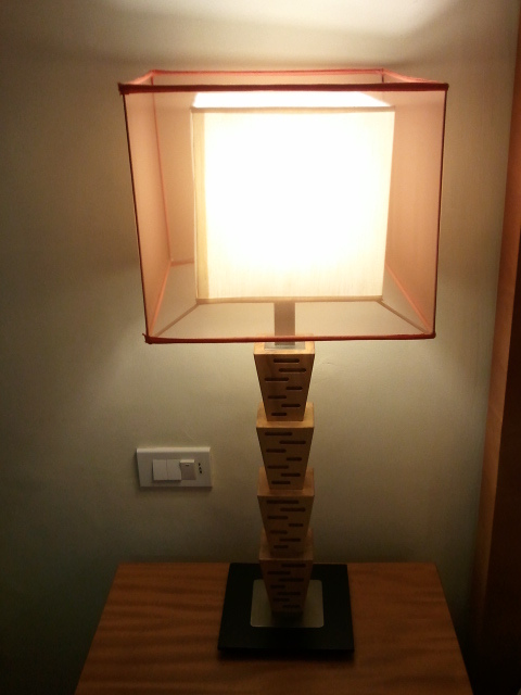 部屋をおしゃれに!マンションで海外インテリア-lamp