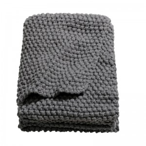 HM Moss-knit blanket Dk.gry 01
